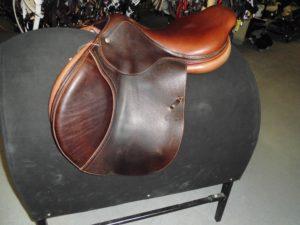 selle-horseway-cognac-partenaire-ecurie-nicolas-mergnac